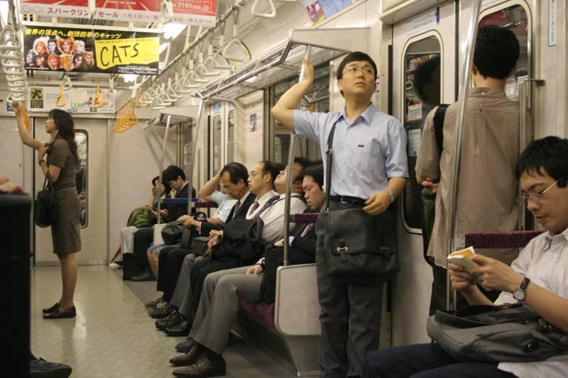 Секс в городском транспорте 19 фотография